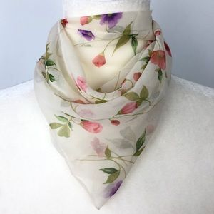 Vintage Echo Soft and Dainty Floral Neck Scarf